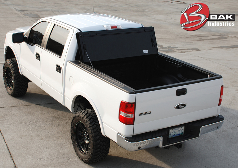 BakFlip F1 Hard Folding Tonneau Bed Cover 08 12 Ford F150 SB 5.5 foot